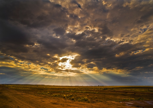 longreach-desert-god-light