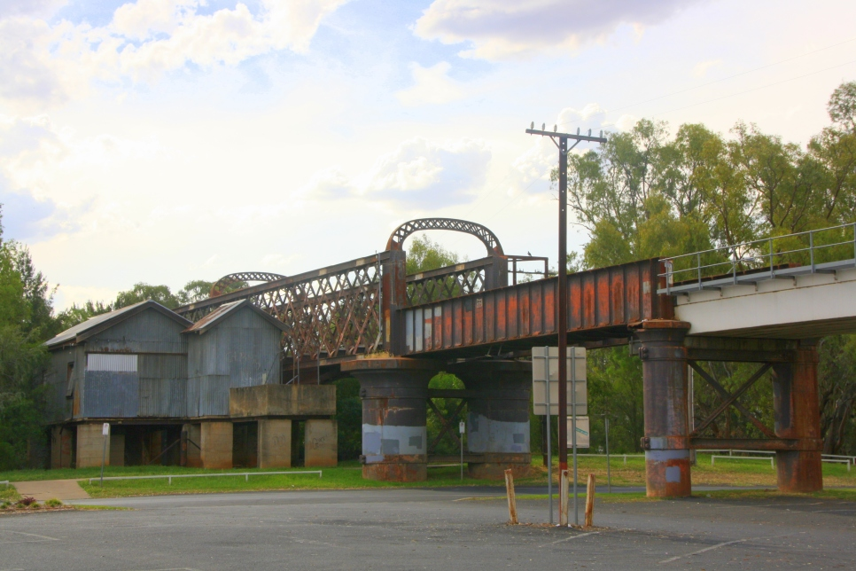 Old railway bridge, Dubbo, NSW. Photo: Erle Levey
