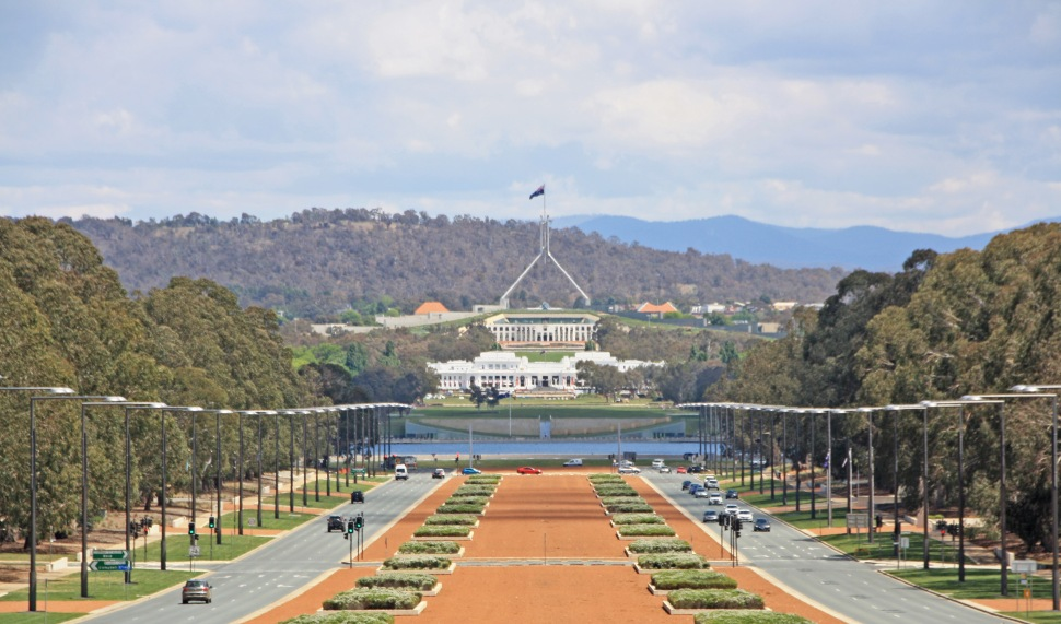 CANBERRA_1550