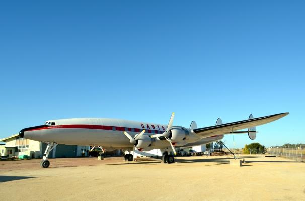 Qantas Super Constellation1
